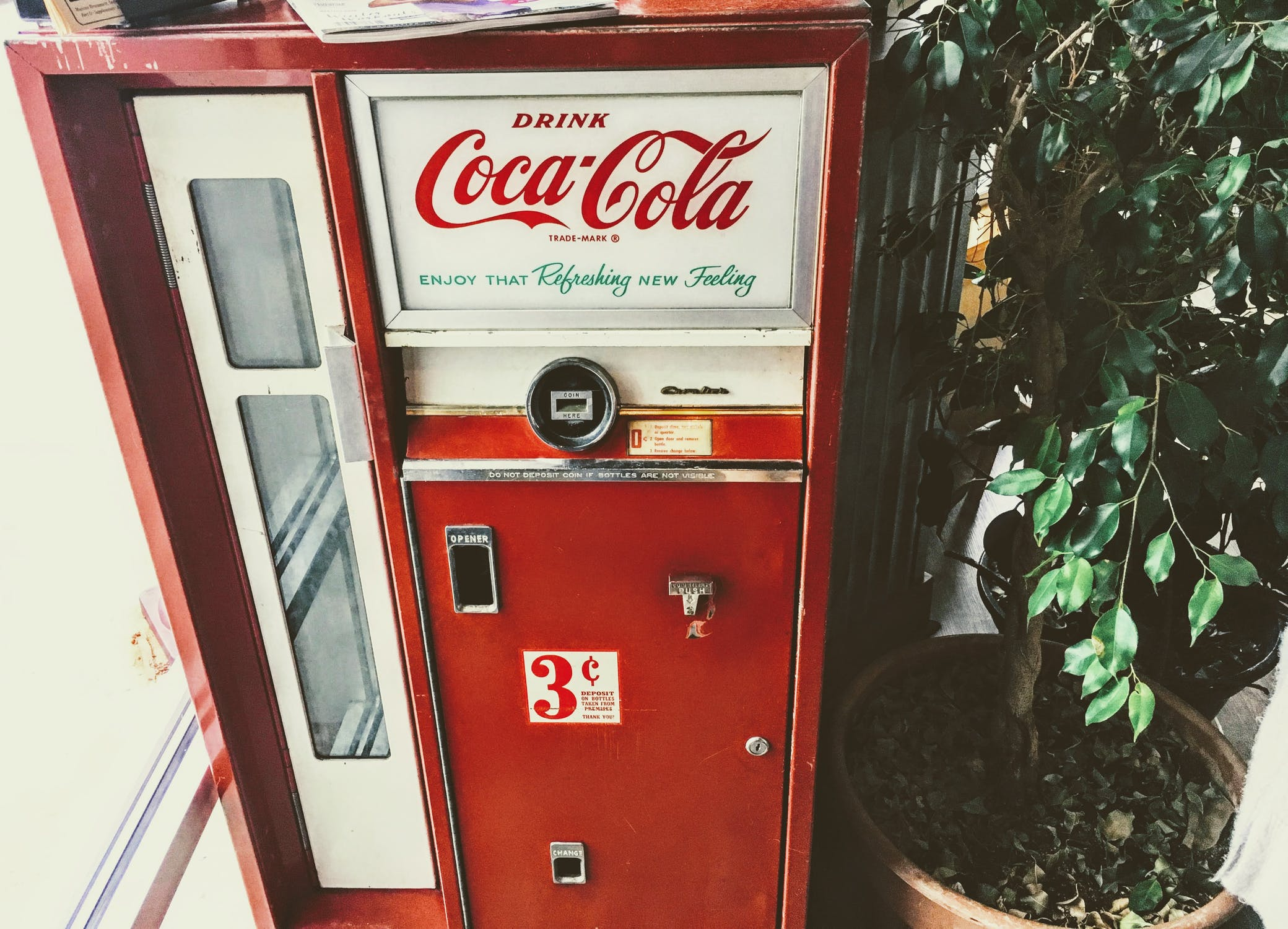 Coke vending machine ARPANET IoT